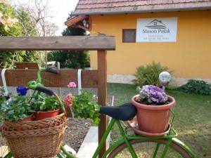 Moson Patak Vendégház terasz kert